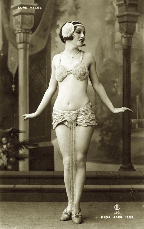 Lupe Velez,  1925