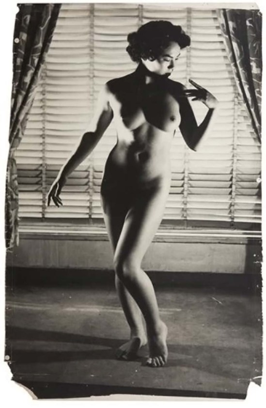 Minayoshi Takada -   Nude by window, 1948