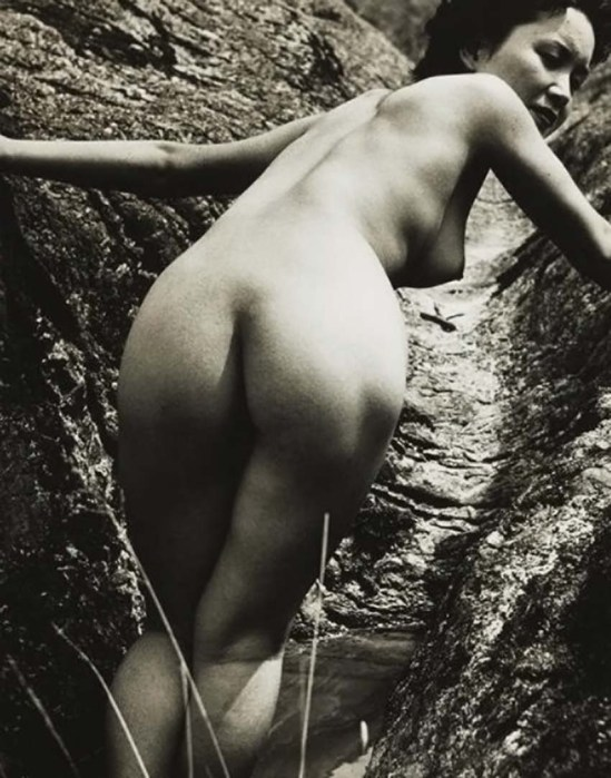 Minayoshi Takada - Nude looking over her shoulder, 1948