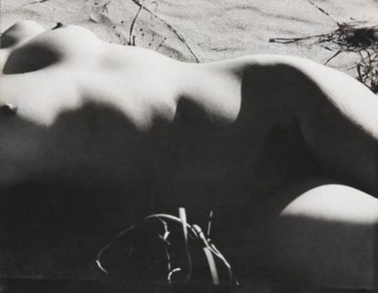 Minayoshi Takada-  Nude on Beach, 1948