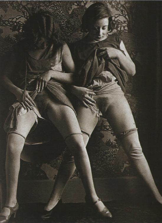 Monsieur X - Deux femmes de maison close  , 1930