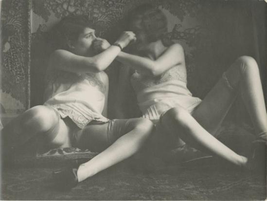 Monsieur X - Deux femmes de maison close,1925-30