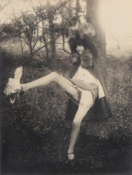 Monsieur X - Femme À L'arbre, 1935