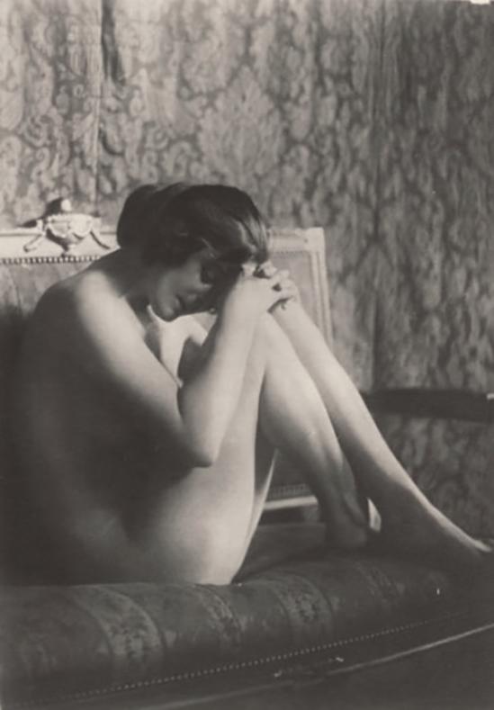 Monsieur X - Nu, femme de maison ,1930s