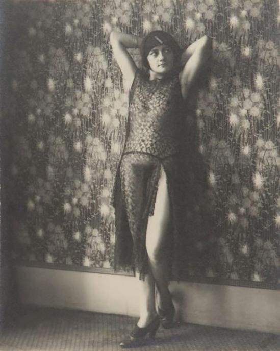 Monsieur X - ransparence de dentelle,  1930