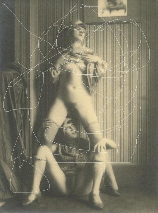 Monsieur X-Deux filles nues de maison close et gravure sur négatif ,France, 1930