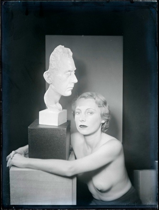 Man Ray - , 1930 ( source centre pompidou)