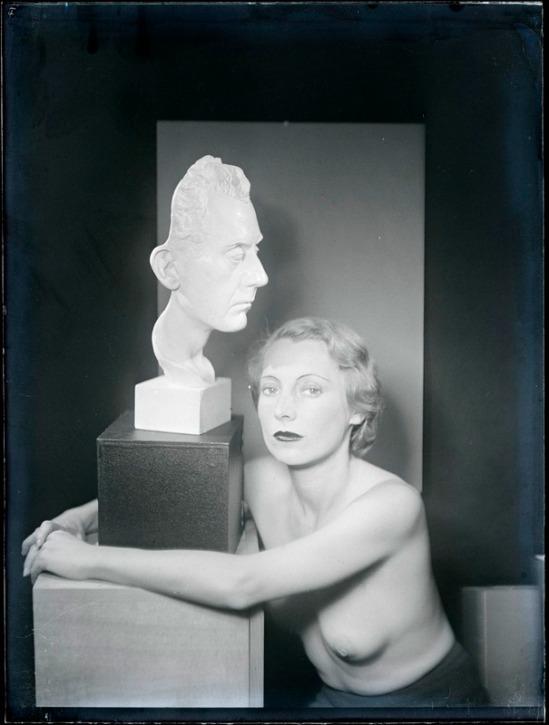 Man Ray - , 1930 ( source centre pompidou)