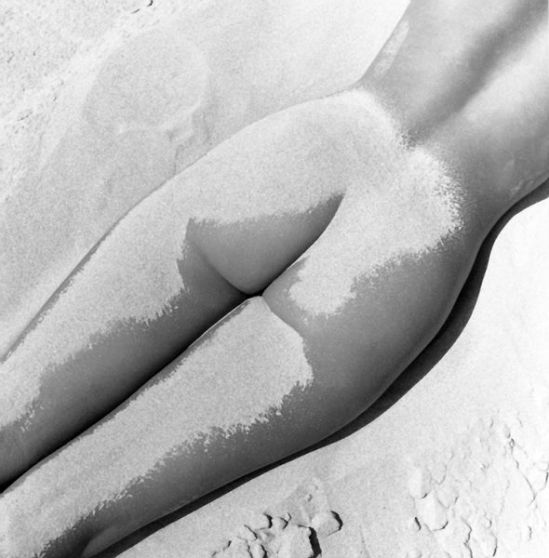 Fernand Fonssagrives- Nu Sable, model Lisa, 1949.