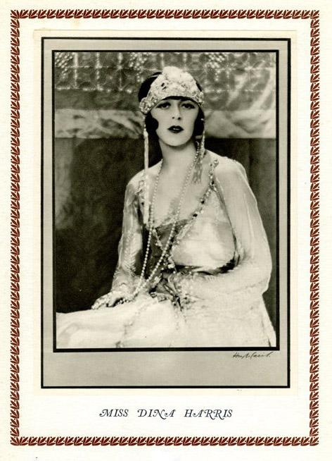 Hugh Cecil-Hugh Cecil-Mademoiselle Pounds, héliogravure , 1926