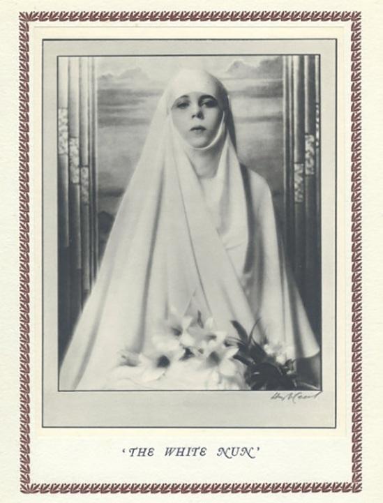 Hugh Cecil- nonne,, héliogravure , 1926
