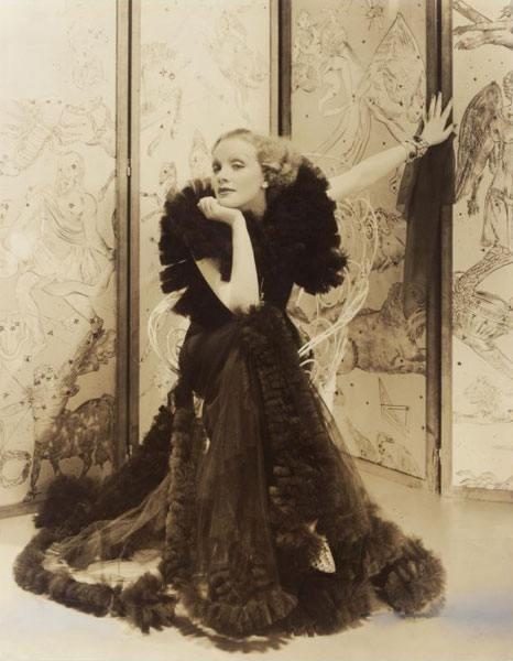Edward Steichen - Marlene Dietrich, for American Vogue, 1935