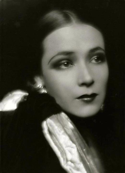 Edward Steichen-Dolores del Río , 1929.