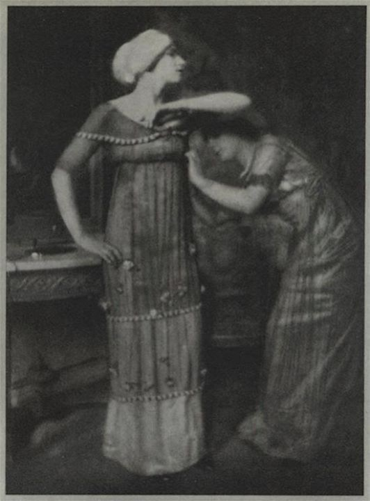 Edward Steichen- For Poiret Fashions, 1911 {from Art et Décoration}