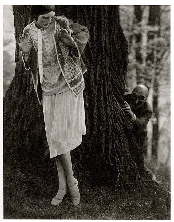 Edward Steichen -Model Marion Morehouse ( dress by Kargère) // masks by the illustrator W.T. Benda, 1926
