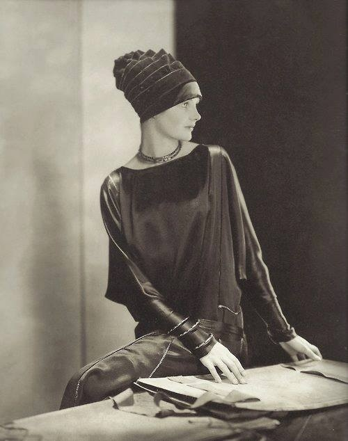 Edward Steichen- Dorothy Smart ,for Vogue America, 1926