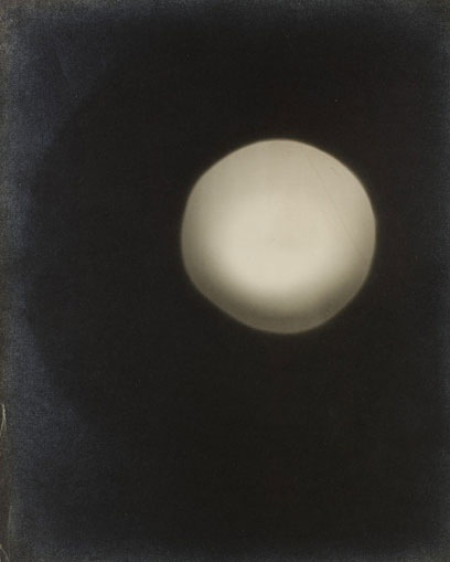 Curtis Moffat, 'Abstract Composition, Photogram, About 1925 © Victoria and Albert Museum, London/Estate of Curtis Moffat