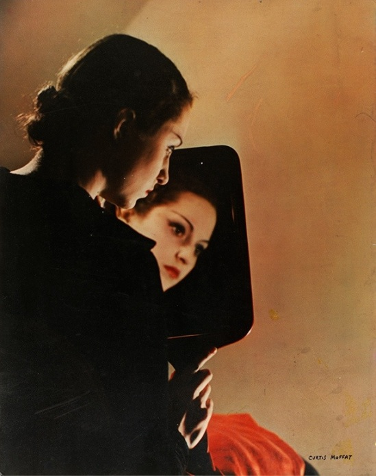 Curtis Moffat, 'Portrait in mirror', about 1930. © Victoria and Albert Museum, London/Estate of Curtis Moffat
