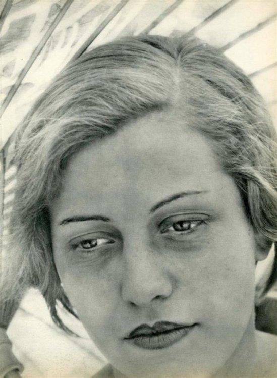 "Aenne Biermann - ""Frauenbildnis"", photogravure, 1931"