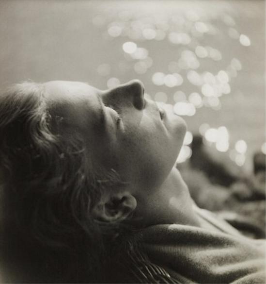 Curtis Moffat- woman relaxing 1920