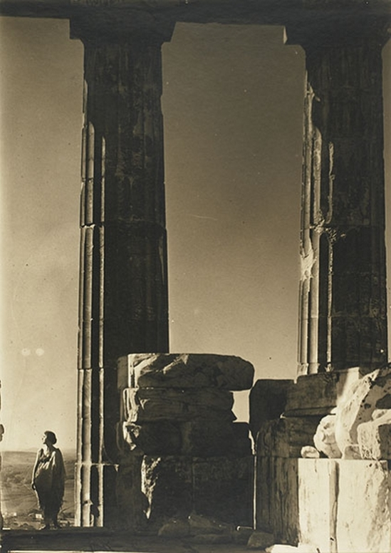 Edward Steichen- Isadora Duncan at the Portal of the Parthenon, Athens,1921