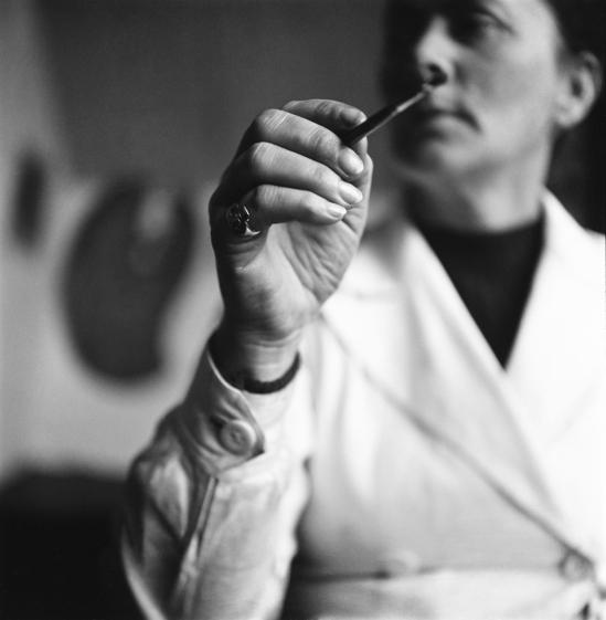 Eva Besnyö – Charley Toorop Bergen, Hollande, 1941
