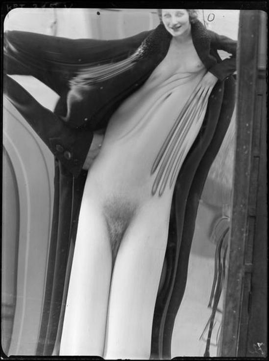 André Kertész -Distorsion  #72, 1933
