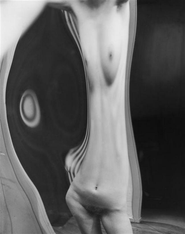André Kertész - Distortion # 116, 1933