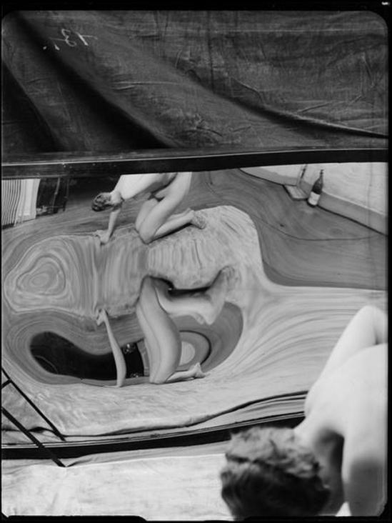 André Kertész- Distortion # 131 , 1933