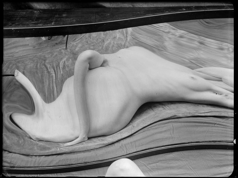 André Kertész- Distortion # 138 , 1933