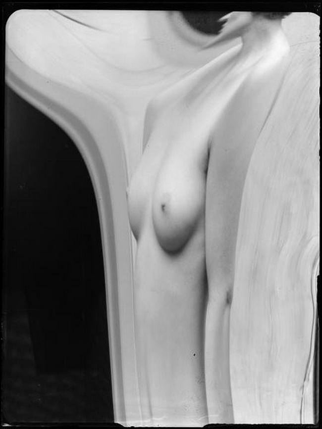 André Kertész- Distortion # 163 , 1933