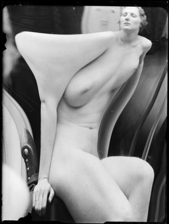 André Kertész- Distortion # 166 , 1933