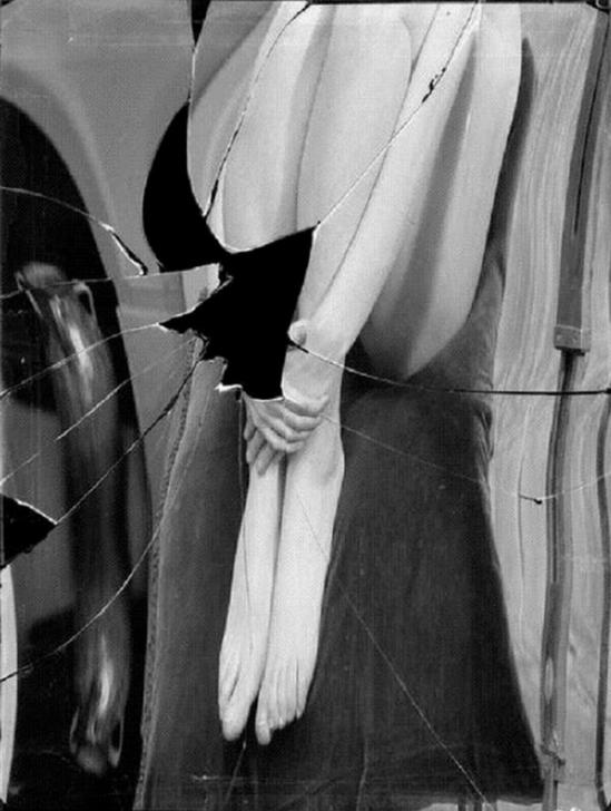 André Kertész- Distortion # 98 (variante), 1933