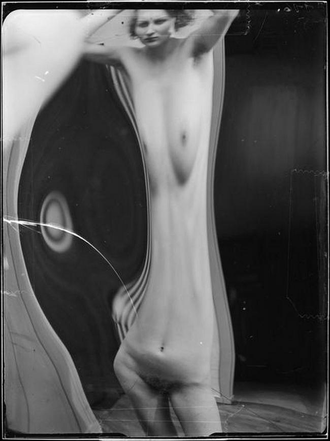 André Kertész- Distortion # 116 , 1933