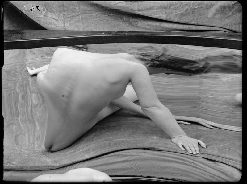 André Kertész- Distortions # 144 , 1933