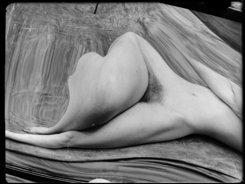 André Kertész- Distortions # 146 , 1933