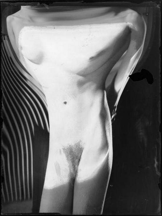 André Kertész- Distortions # 169 , 1933