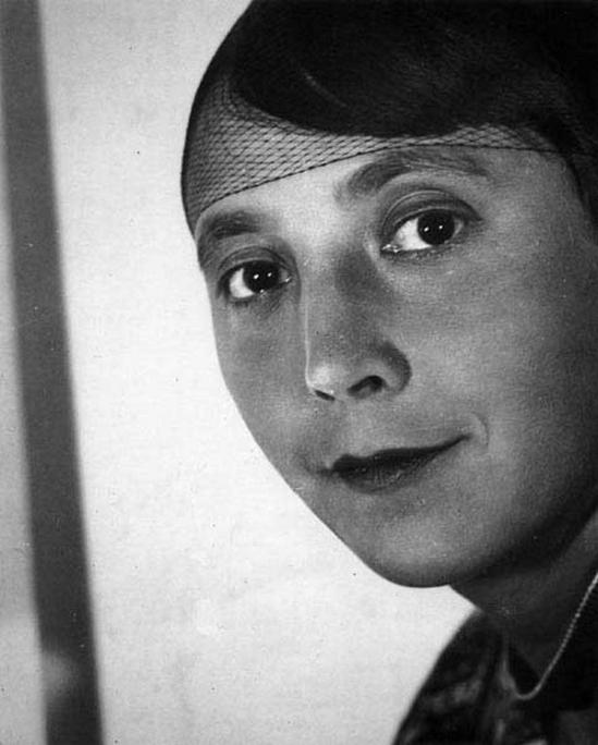 Florence Henri - Margaret Charles, 1928