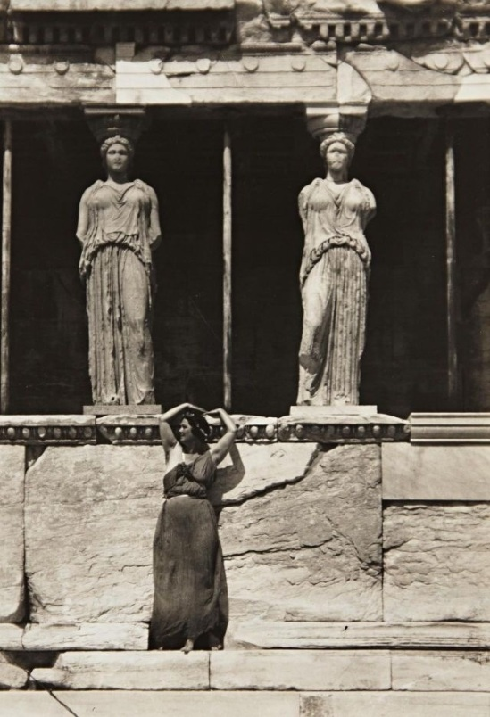 Edward Steichen- Isadora Duncan at the parthenon, Athens, 1920