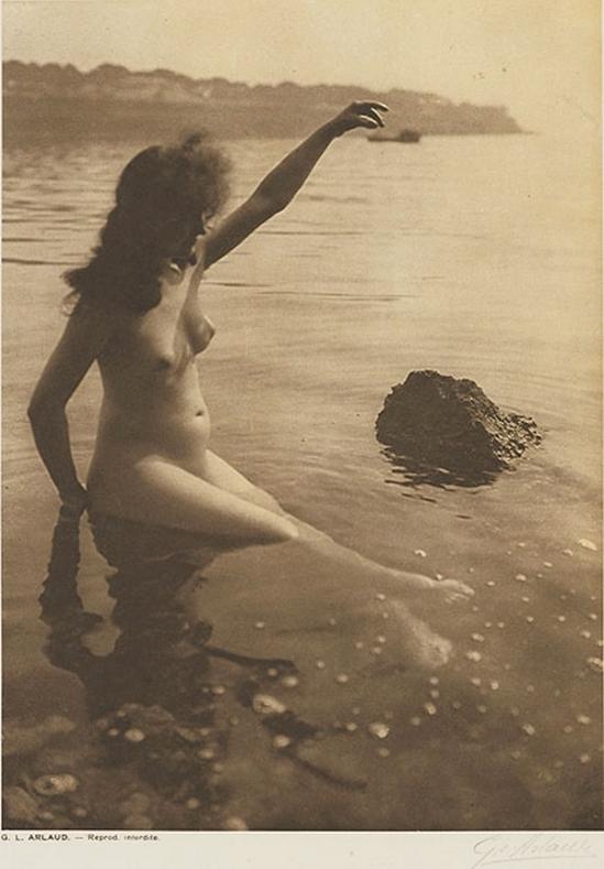 Etude G. L Arlaud -Baigneuse, from Vingt Études de Nu en Plein Air, 1920