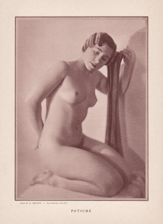 Etude G. L Arlaud - Potiche , nu érotique 1920-30
