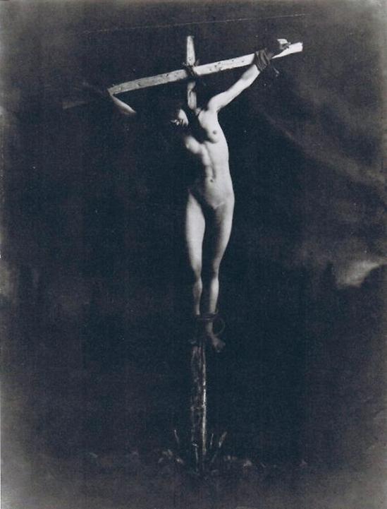 František Drtikol -Étude de la Crucifixion, 1914 (4)