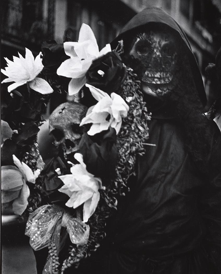 John Gutmann-Death with Flowers, New Orleans, 1937