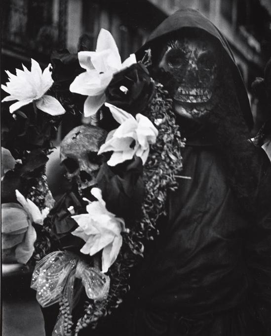 John Gutmann-Death with Flowers, New Orleans, 1937