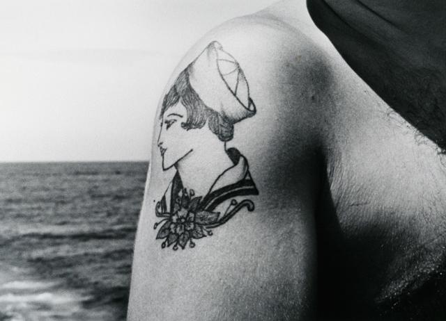 John Gutmann - Sailor girl Tatoo, 1945