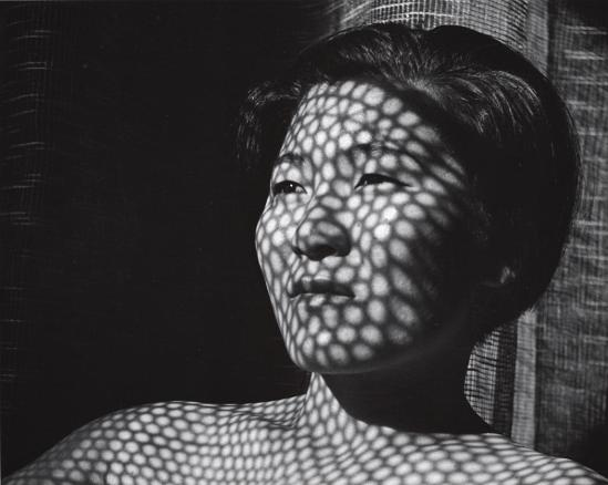 John Gutmann-Web of Light (Akiko), 1934