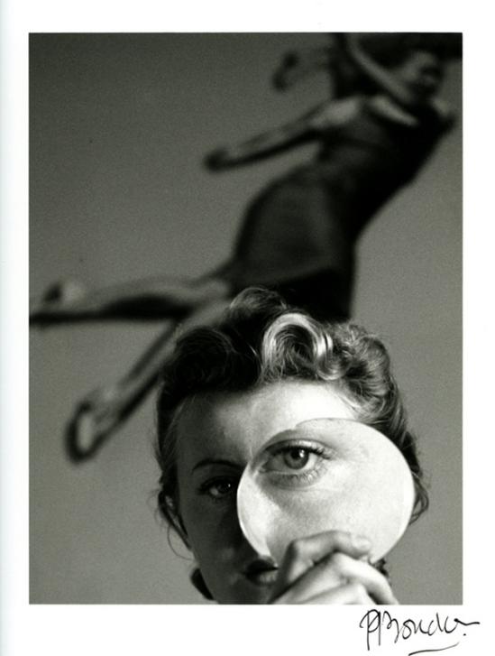 Pierre Boucher - Jeanine Prévert à la loupe, 1938