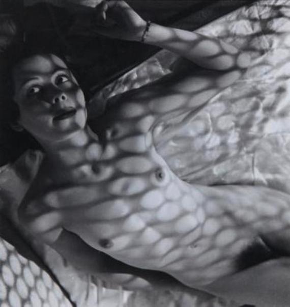 Pierre Boucher - Nu avec Résilles de Lumière , 1936