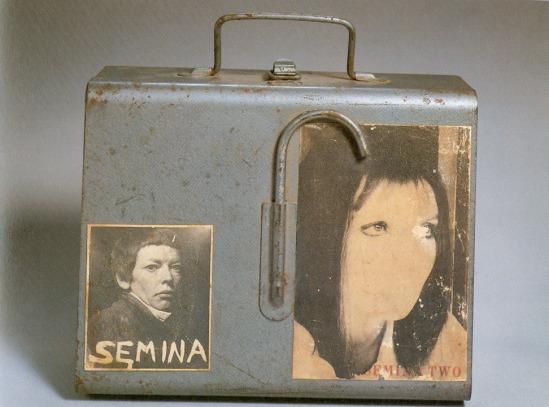 Wallace Berman Semina Case ( exposition, 1957)