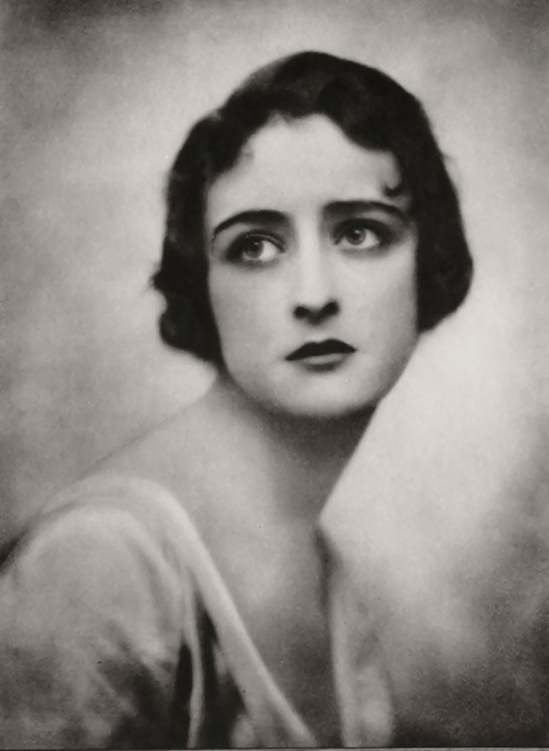 Emil Otto ('E.O.') HoppÈ, Hebe (née Constance Irene Vesselier) (Mrs Kingsland), 1917